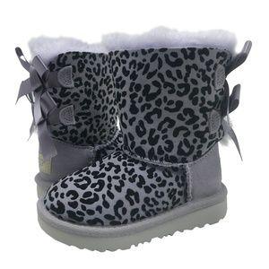 UGG Todler EXOTIC BAILEY BOW II Boots Sheepskin 8